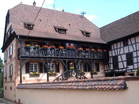 Un superbe gite en alsace, � Weinbourg � 45 km de Strasbourg